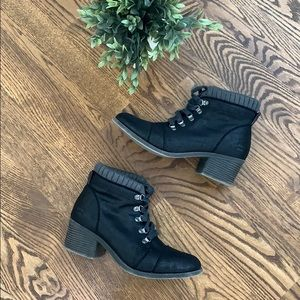 Black Billabong Ankle Tie Lace Up Boots